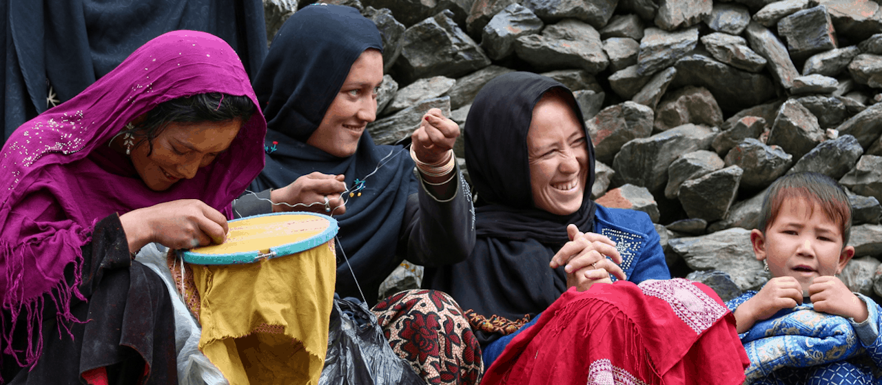 Afghan women weavers from rural Bamyan province of Afghanistan making handmade embroidery. The ASEEL platform supports them by giving them access to the global markets.